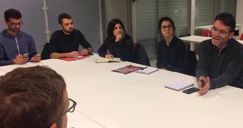 Un moment de la sessió de dimecres al Col·legi de Periodistes