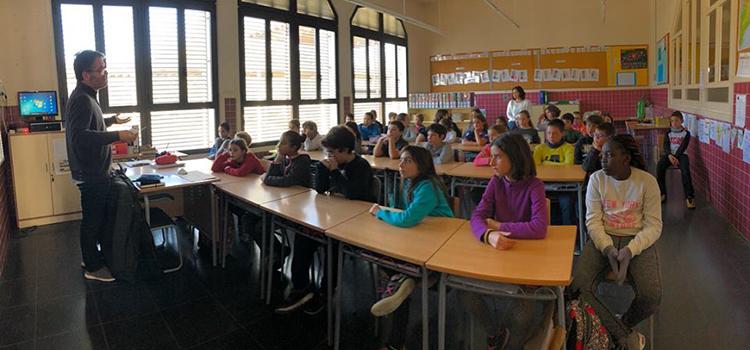 <h2>Sessions sobre cooperativisme a l'escola<br> de Roda i al Col·legi de Periodistes a Manresa</h2>